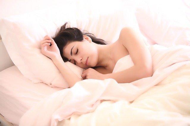 Matratze schlafen CBD