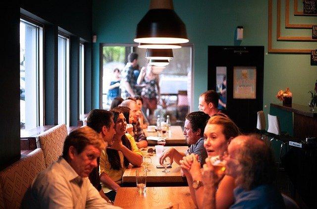 Coronakrise Geselligkeit, Restaurant